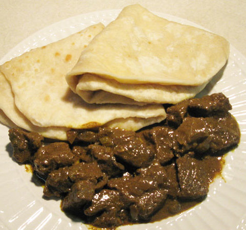 curry-beef-with-dahl-puri